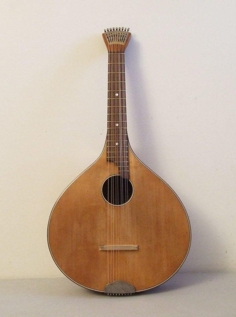 цистра старинный музыкальный инструмент музстори